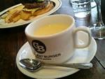セットのカップスープ
